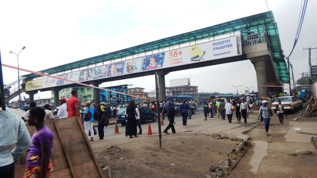 Ojota-Lagos-on-Monday-Fuel-Reality-for-Commuters-by-Bode-Modupe